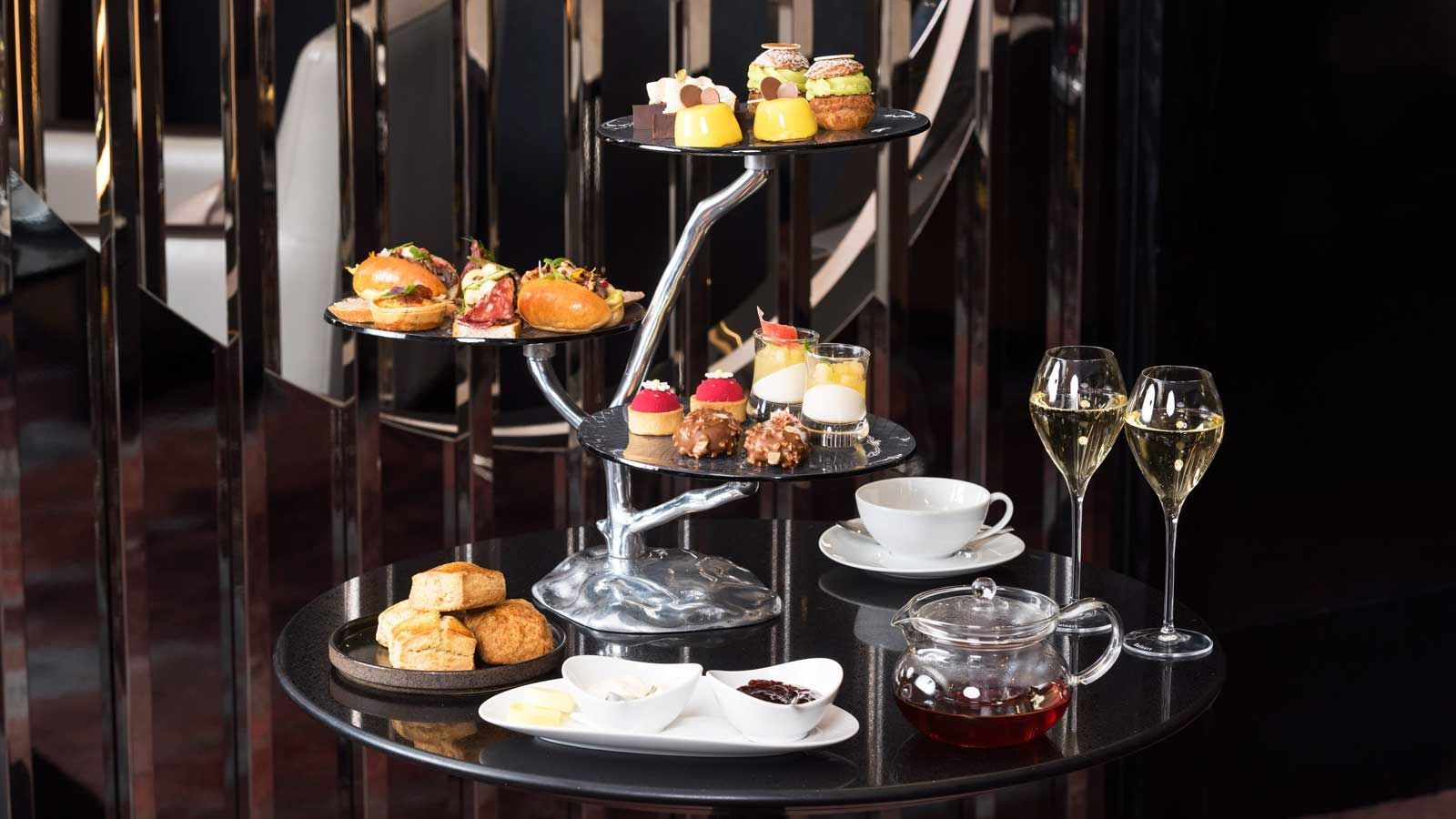 High Tea with Ruinart